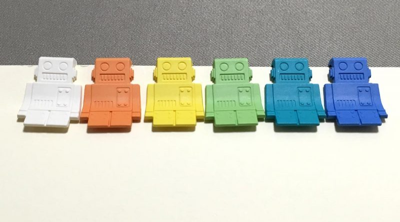 P-51 Clips - Robots - 6 colors clipped to paper